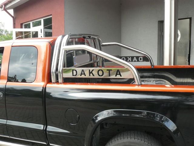 Phoca Thumb L Dakota Paka on Dodge Dakota Roll Bar